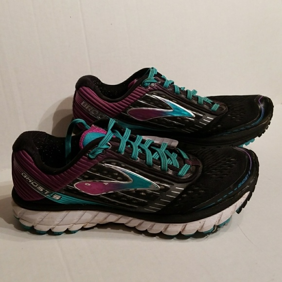Brooks Shoes   Ghost 9 Womens Size 85 D